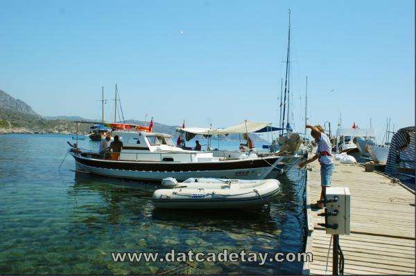 knidos limanında balıkçılar