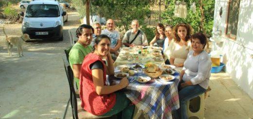 yazıköy'de bayram ziyareti