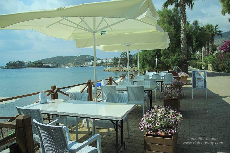 fuda otel sahil oturma yerleri