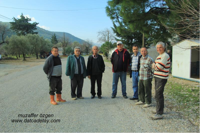 sındı zeytincik mahallesinde köylüler