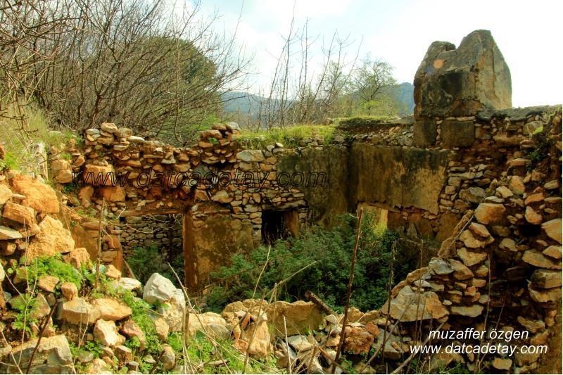 yaka köyde eski evler