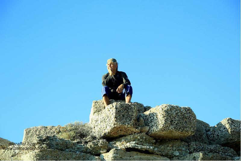 knidos aslanlı mezarında