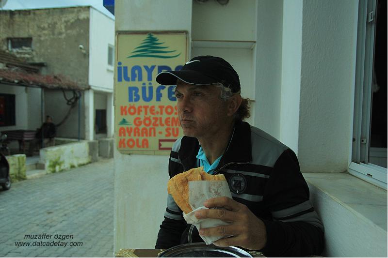 yazıköy'de köfte ekmek