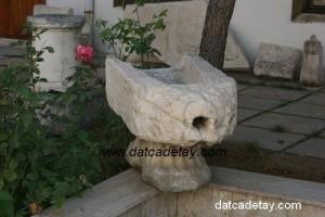 antik üzüm ezme teknesi