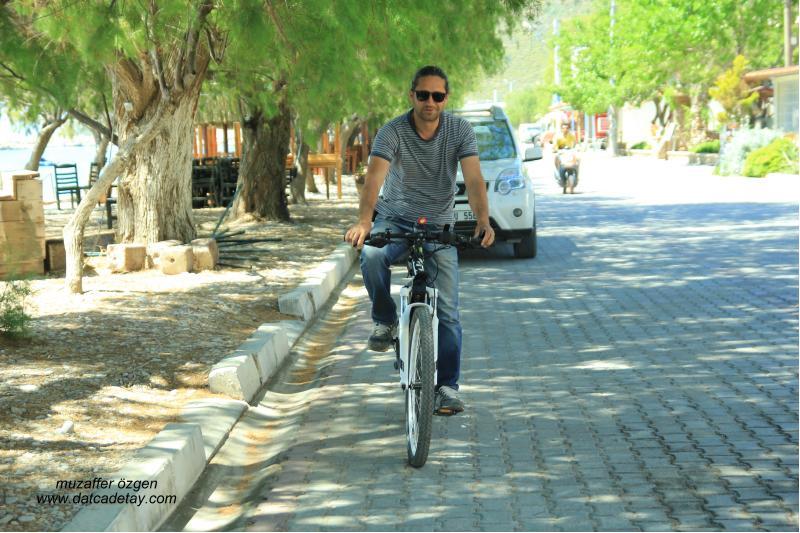 korkut sönmez bisikletiyle