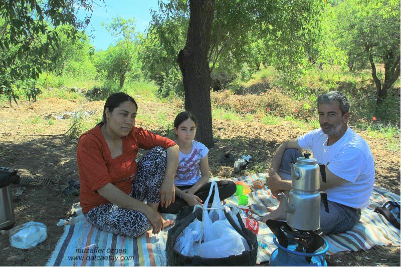 mağrin'de piknikçiler