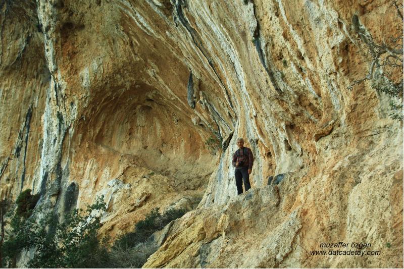 dartça dağlarında mağaralar