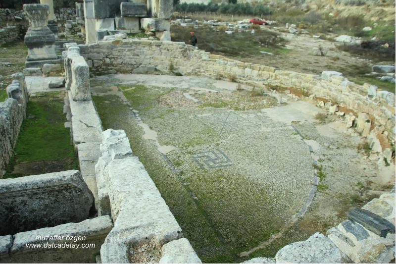 Stratonikeia anıtsal çeşme