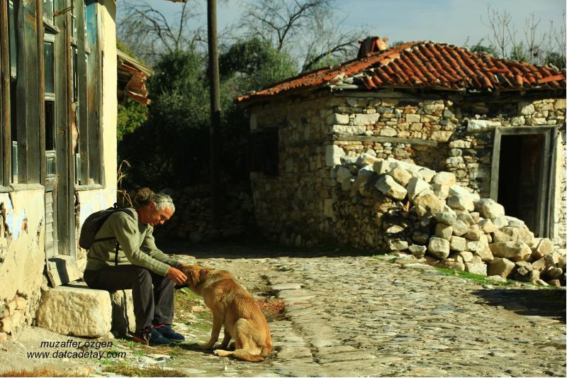 Stratonikeia eski hisar evleri