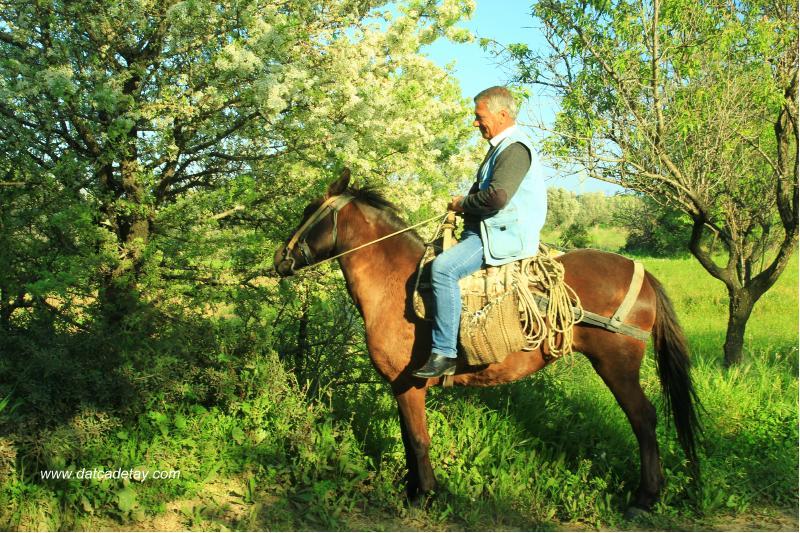 kızlanlı cengiz acar atın üzerinde