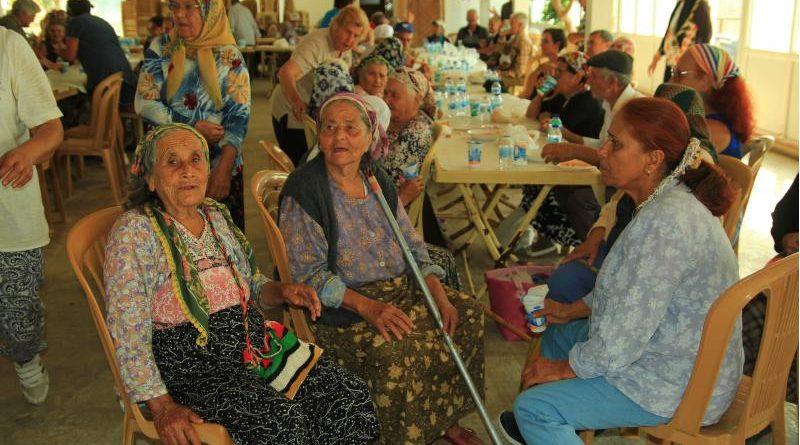 datça'da yaşlılar buluşması